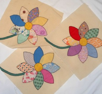 Vintage applique flower quilt blocks from Rocky Mountain Quilts.